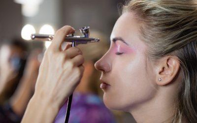 ¿Qué es el maquillaje con aerógrafo?